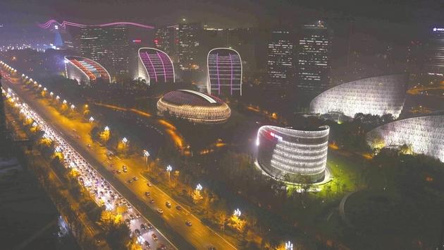 成都跃入全球新视野 西部金融中心建设加速