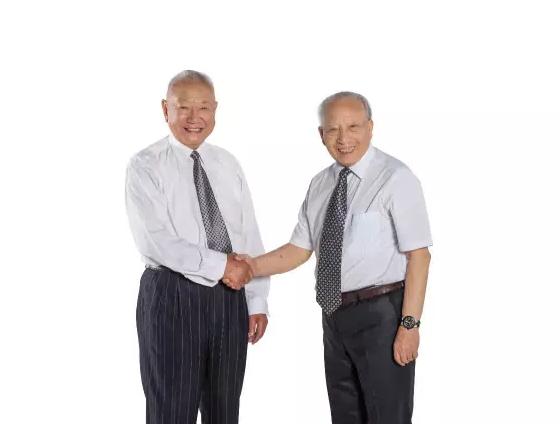 """横店圆明新园:两位八旬老人的""""中国梦"""""""