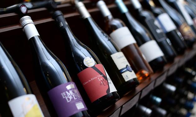 """进口葡萄酒高增长背后另有""""隐情"""" 洋品牌入华路径生变"""